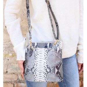 Gardner Crossbody Bag Snake Charcoal